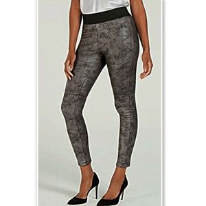 NWT INC Macy's Faux Leather Pebble Silver Leggings